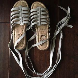 Circus tie sandals size 6